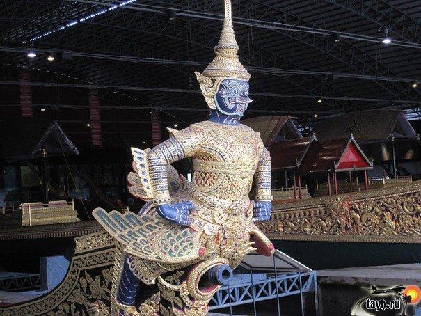 Достопримечательности бангкока.Музей королевских лодок.Royal Barge Museum в Бангкоке.Тайланд.