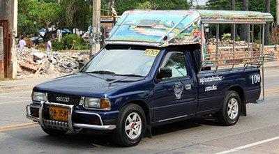 Общественный транспорт в Паттайе. Тук тук.Мото такси