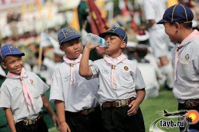 школьники в Тайланде