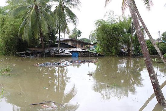 На юге Таиланда снова дожди и наводнение