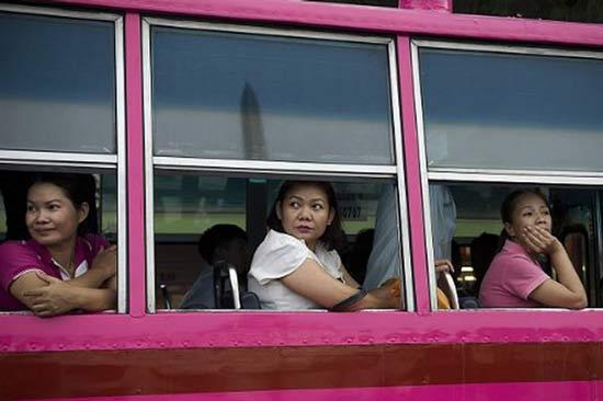 В автобусах Бангкока домогаются и неприятно пахнет